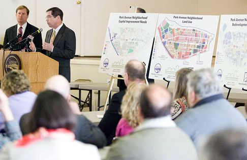 Congressman James Walsh announces the established funding priorities for the Syracuse Neighborhood Initiative's Phase VI. Walsh secured $4.97 million in FY 2004 federal funding for the City-directed initiative.