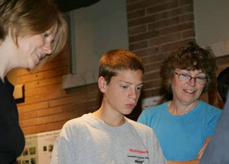 Students and Parents Explore New Exhibits