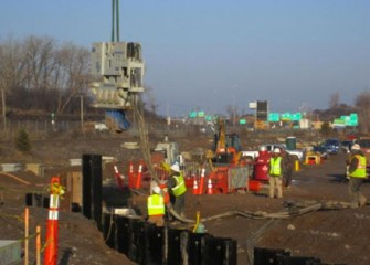 Lakeshore construction activities take place near I-690.