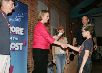 Onondaga County Executive Joanie Mahoney Congratulates a Proud Summer Science Week Participant