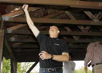 Honeywell Syracuse Program Director John McAuliffe Lends a Hand