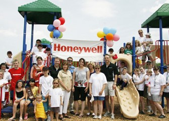 Camillus Community Members and Honeywell Celebrate the New Reed Webster Park Playground