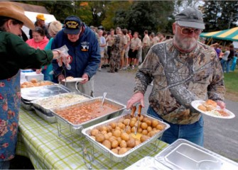 Honeywell Sportsmen's Days Volunteers Enjoy a Dinner on Saturday Evening