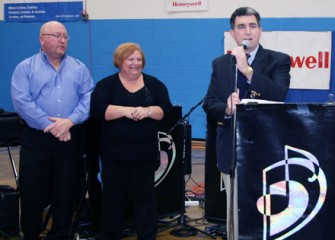 Assemblyman William Magnarelli Thanks Honeywell and the DeSpirito Family