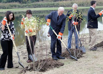 Elected Officials, Consultants and Wildlife Specialists Plant Trees