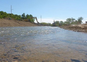 View of Nine Mile Creek flowing toward Onondaga Lake.