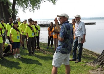 Syracuse University Professor of Environmental Systems Engineering Charles Driscoll, Ph.D., orients students to the history and ecology of Onondaga Lake and its watershed.