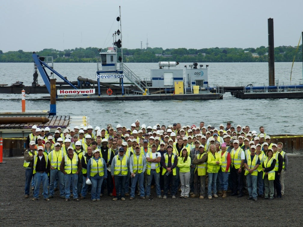 The Onondaga Lake cleanup team included Honeywell, Parsons, Anchor QEA, OBG, Geosyntec Consultants, Sevenson Environmental Services, Infrastructure Alternatives and de maximus.